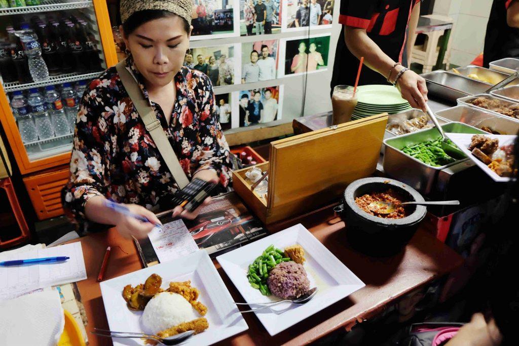 wisata kuliner malam bandung
